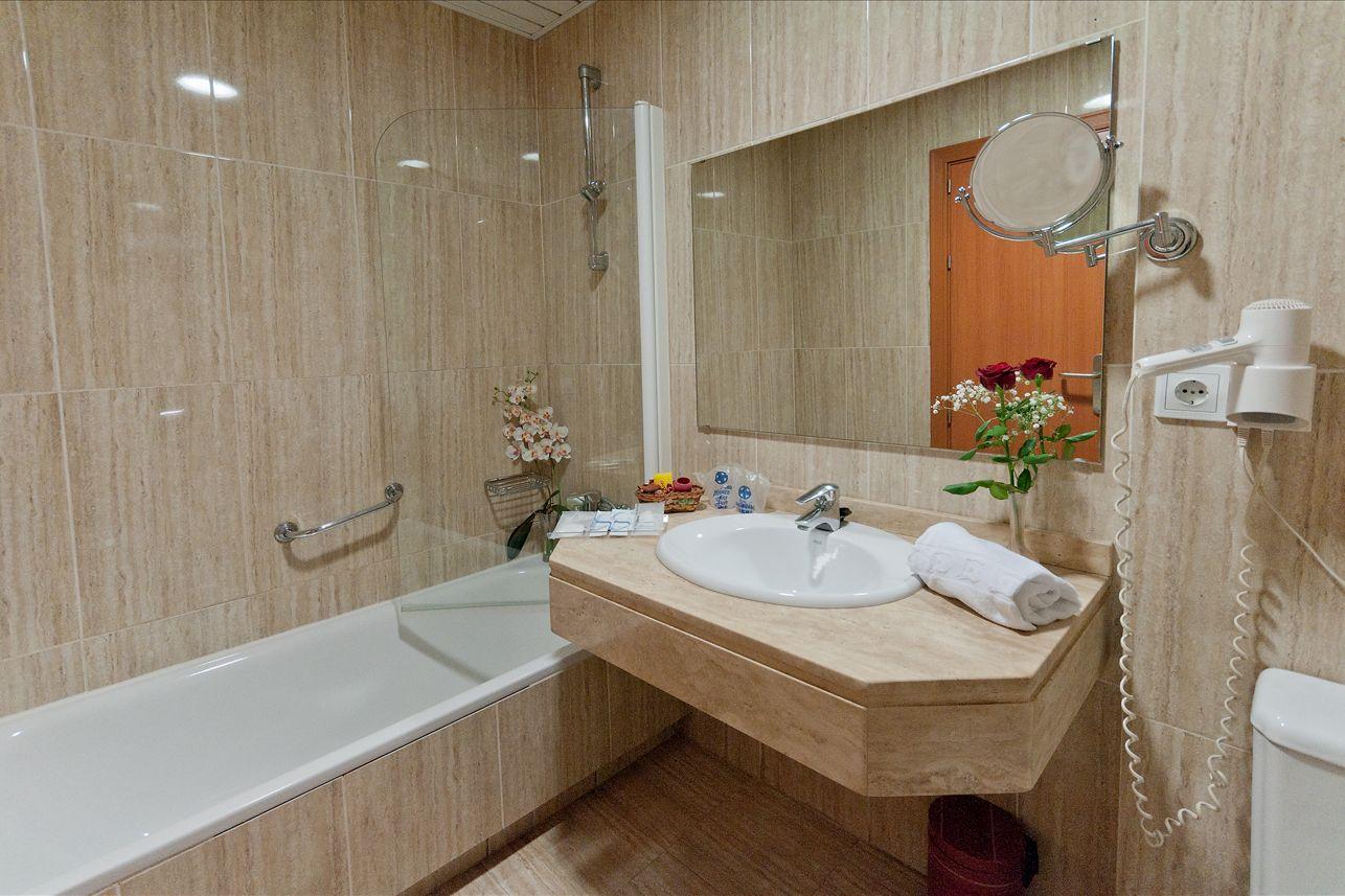 Hotel en puerto de la luz gran canaria hotel verol - Amenities en el bano ...